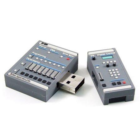 Alkota 8GB SP-1200 Hip Hop Drum Machine Flash Drive | AC Gears von AC Gears