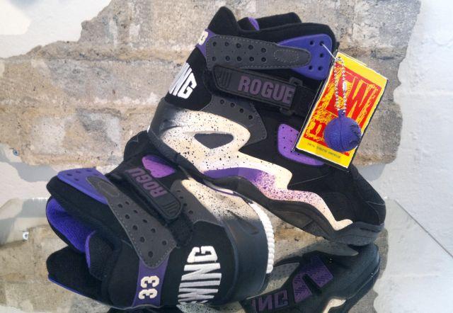 Rogue Sneaker