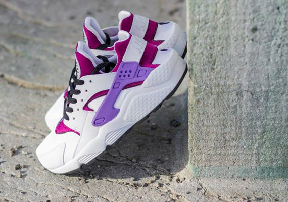 Shop 'til you drop: Nike WMNS Air Huarache