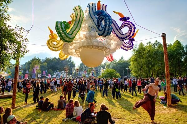 Alexander Zissou Balloon Art